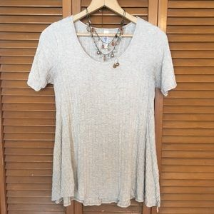 Ribbed T-shirt with Necklace and Earrings - Cream